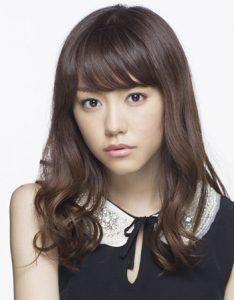 桐谷美玲-髪型-セミロング-パーマ-お嬢様