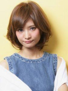 40代髪型ショート丸顔11