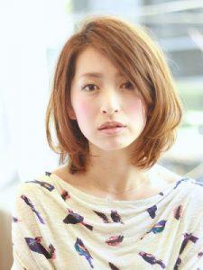 40代髪型ショート丸顔13